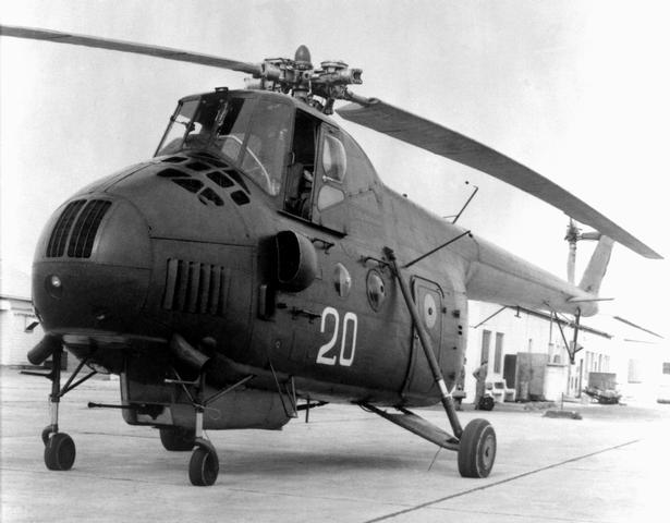 "Mil Mi-4 ""Hound"" – The First Eastern Heavy Lifter – Pickled Wings"